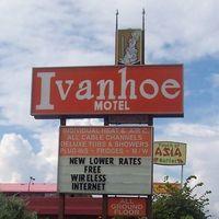 Ivanhoe Motel logo